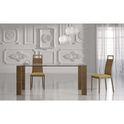 Mesa comedor moderna de cristal for Modelos de mesas de comedor modernas